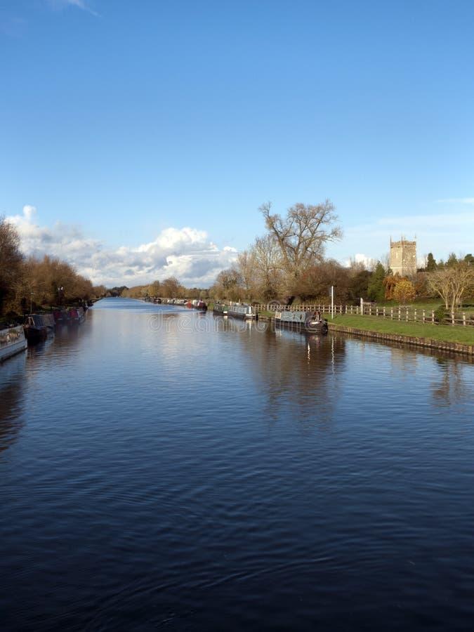 Gloucester y canal de la agudeza cerca Frampton-en-Severn, Gloucestershire, Reino Unido fotos de archivo libres de regalías