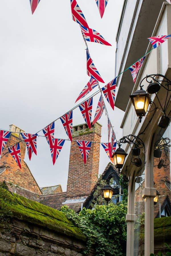 Gloucester, Zjednoczone Królestwo - 1 lutego 2020 r.: Brytyjskie flagi wszędzie po potwierdzeniu Brexit, Wielka Brytania świętuje obrazy royalty free