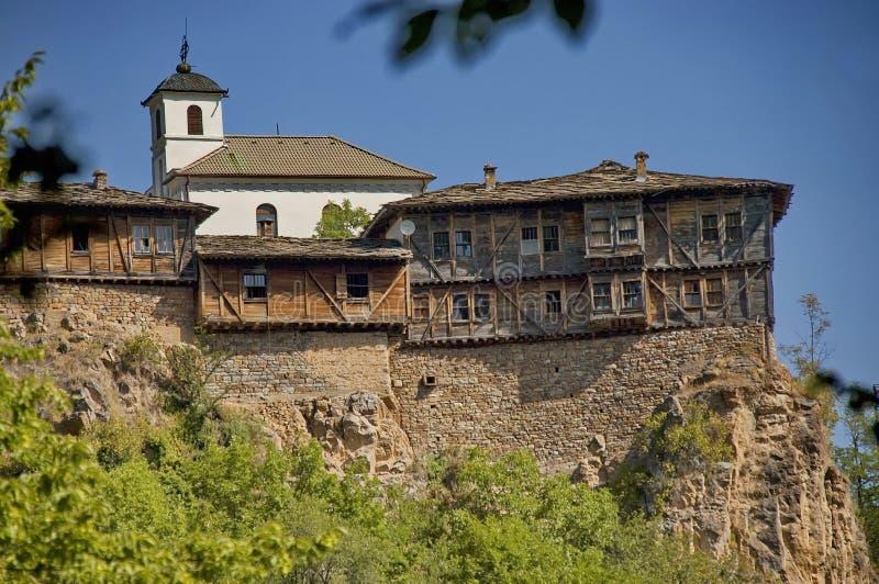 Glozhene kloster St George - 13 århundrade, Bulgarien royaltyfri fotografi