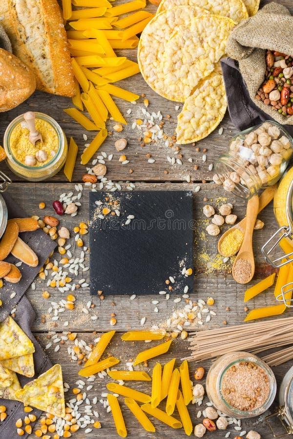 Gluten vrije voedsel en bloem, amandel, graan, rijst, kikkererwt royalty-vrije stock afbeelding
