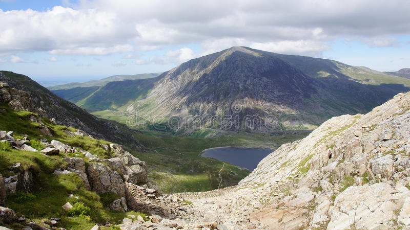 Glyder di discesa Fawr in Snowdonia fotografie stock libere da diritti