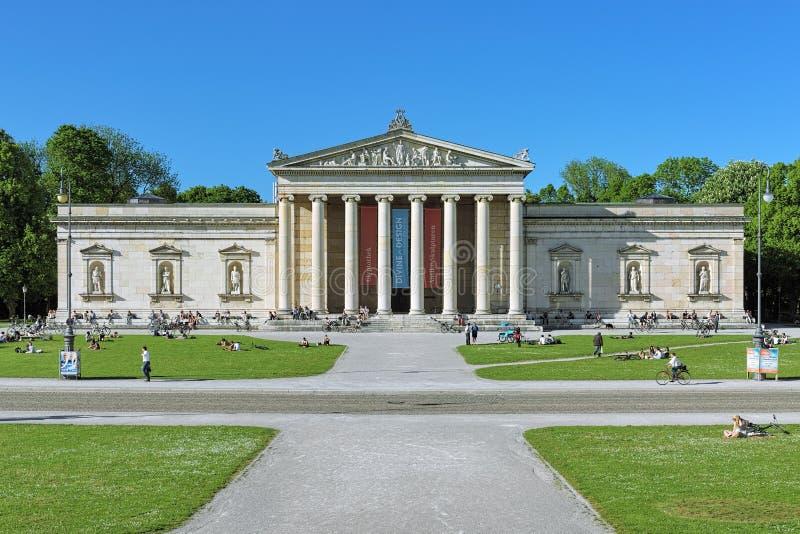 Glyptothek - das Museum mit Sammlung griechischen und römischen Skulpturen in München, Deutschland lizenzfreie stockbilder