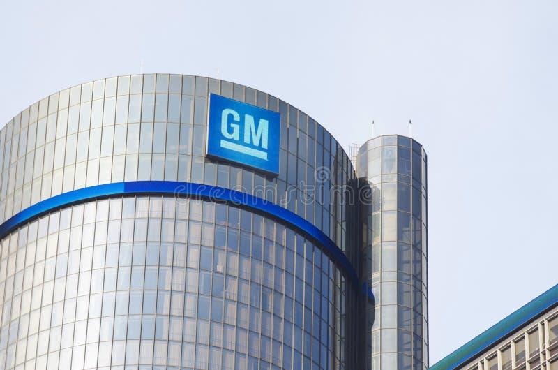 Gm-byggnadshögkvarter i i stadens centrum Detroit royaltyfria bilder
