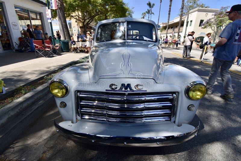 GMC 1952 100 väljer upp lastbil, 2 arkivbilder