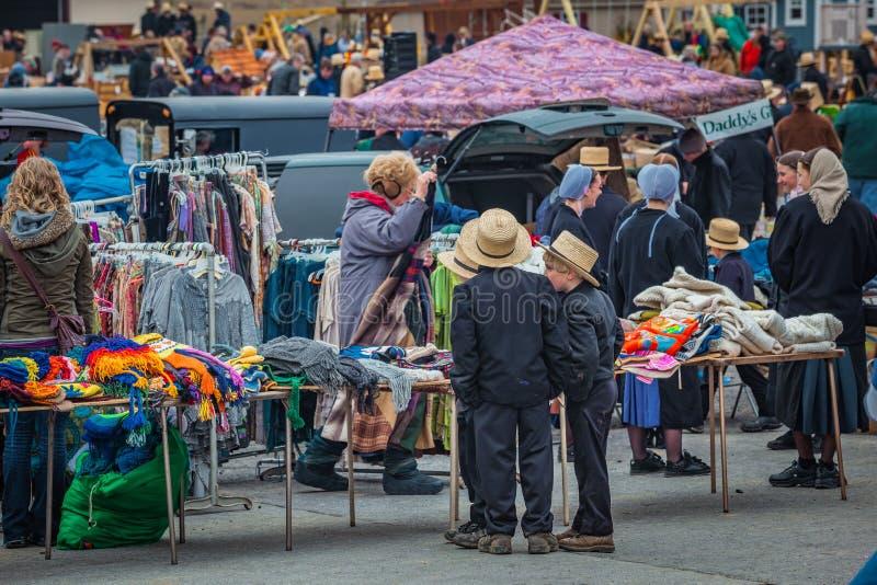 Gmeranie dla tranzakcja przy Borowinową sprzedażą obraz stock