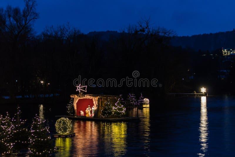 Gmunden, Komst, Schloss, Kerstmismarkt op meertraunsee royalty-vrije stock foto