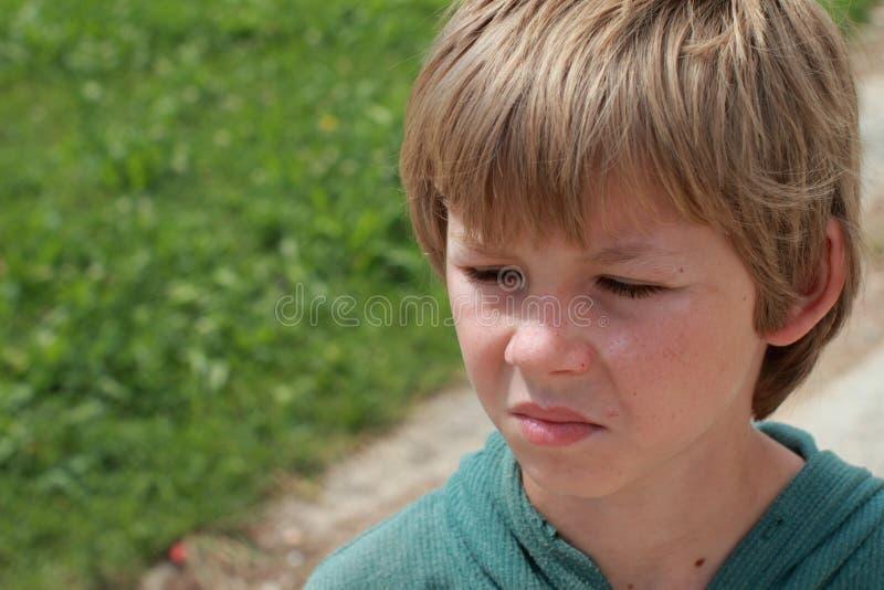 gniewna chłopiec obraz stock