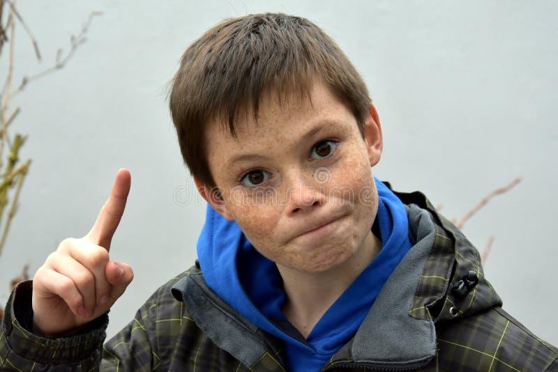 Gniewna chłopiec obraz royalty free
