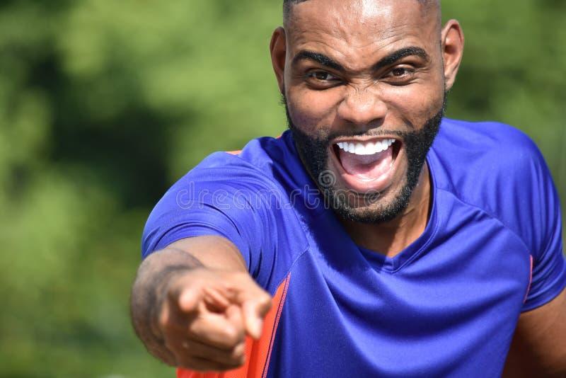 Gniewna czarna męska atleta fotografia royalty free