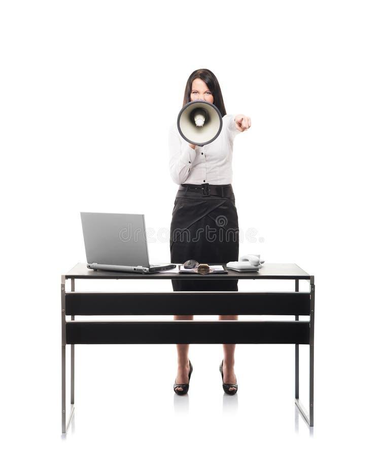 Gniewny bizneswoman krzyczy z megafonem obrazy royalty free
