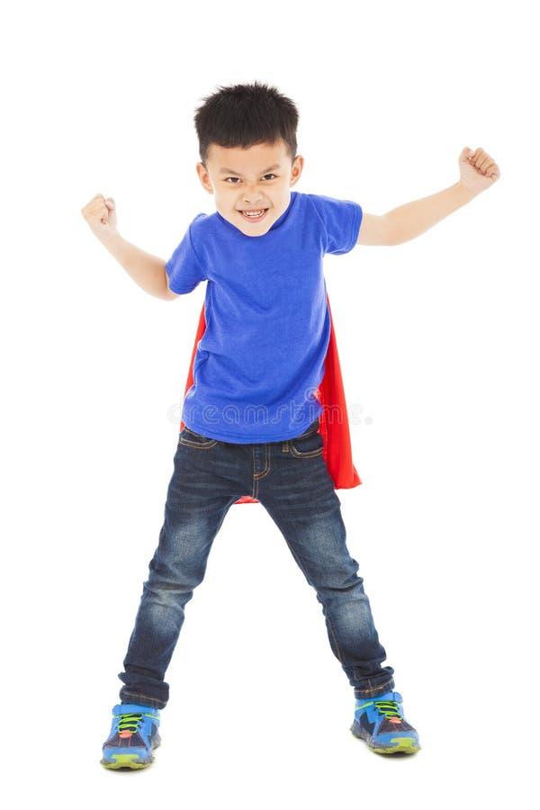 Gniewny bohater przygotowywająca bohatera dzieciaka boju poza zdjęcia stock