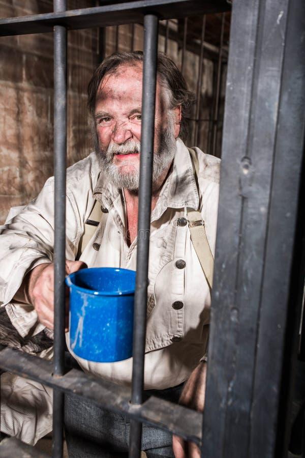 Gniewny Stary Zachodni więzień obraz stock