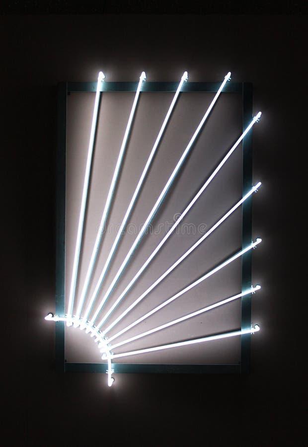 Gnisslande upplyst neon royaltyfria foton
