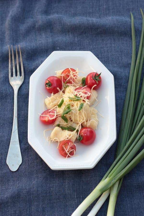 Download Gnocchi obraz stock. Obraz złożonej z dinner, gnocchi - 53782575