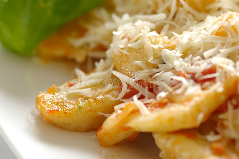 Download Gnocchi image stock. Image du italien, sauce, fromage - 8659141