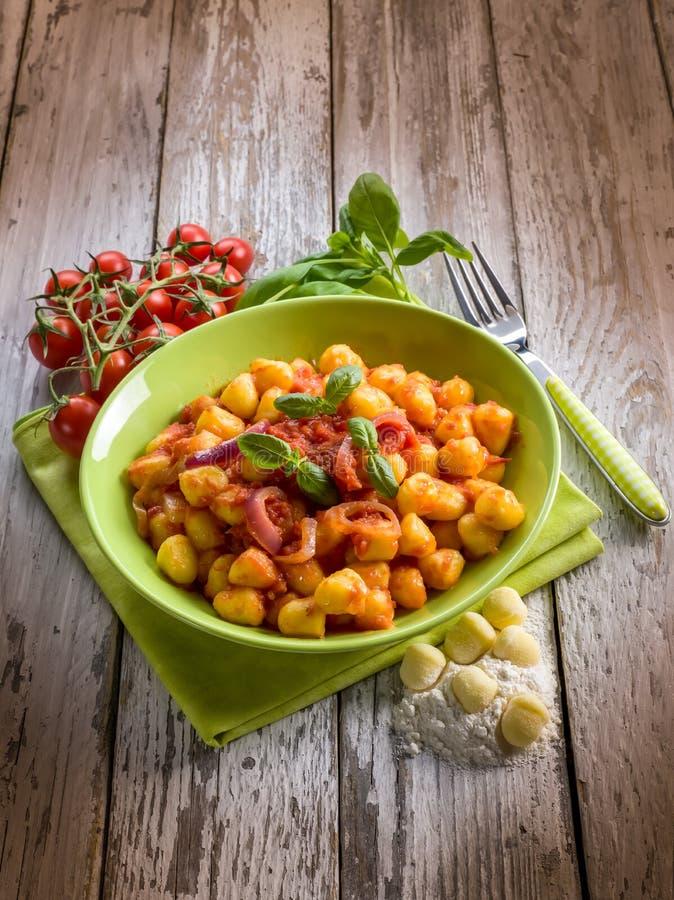 Download Gnocchi Caseiro Com Molho De Tomate Imagem de Stock - Imagem de batatas, dieta: 29847317