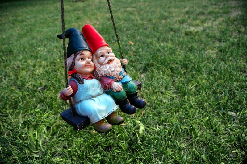 Gnomes - femmina nella parte anteriore immagine stock