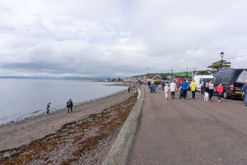 Goście cieszy się Largs jedzenie & Viking festiwal zdjęcie royalty free