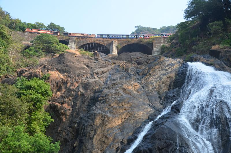 Goa, Ινδία Καταρράκτης στοκ εικόνες