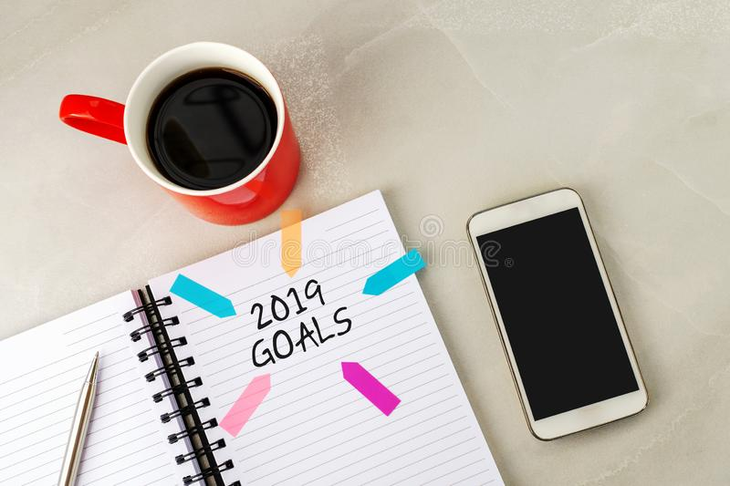 2019 goals text on note pad royalty free stock images