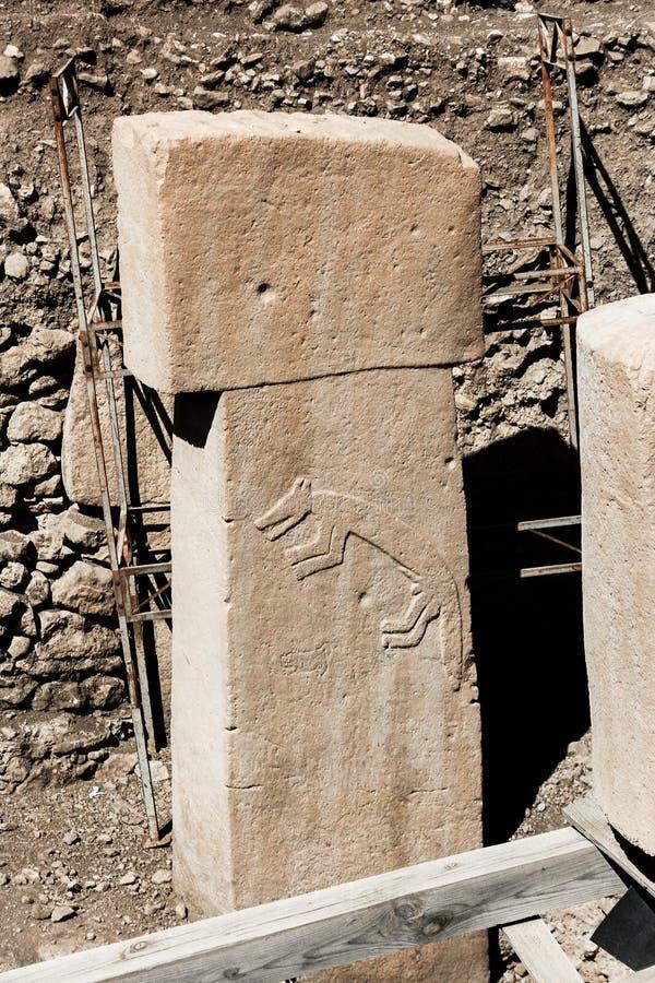 Gobekli Tepe, Fox glif na kamieniu - zdjęcie royalty free