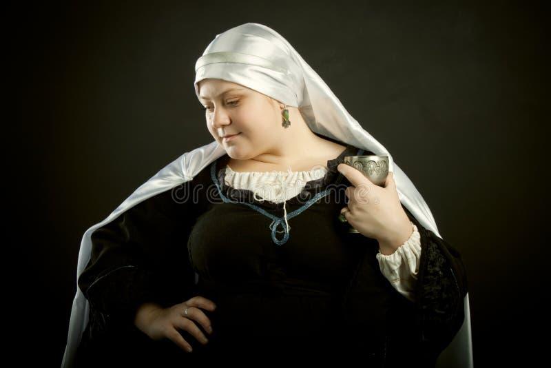 goblet μεσαιωνική γυναίκα στοκ εικόνες
