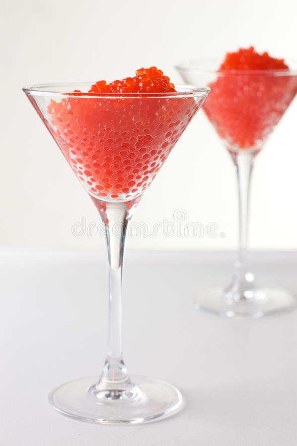goblets γυαλιού χαβιαριών κόκκ&iot στοκ εικόνα