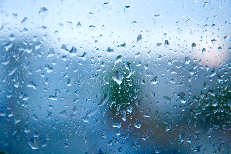 Download Gocce dell'acqua immagine stock. Immagine di finestra - 7310357