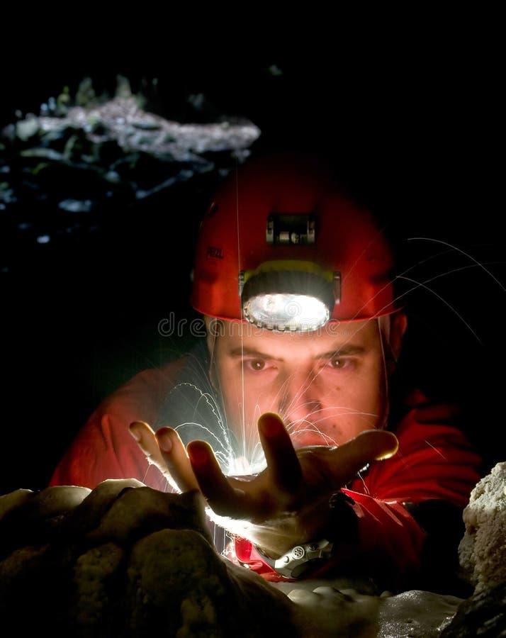 Gocce di acqua nella caverna fotografie stock