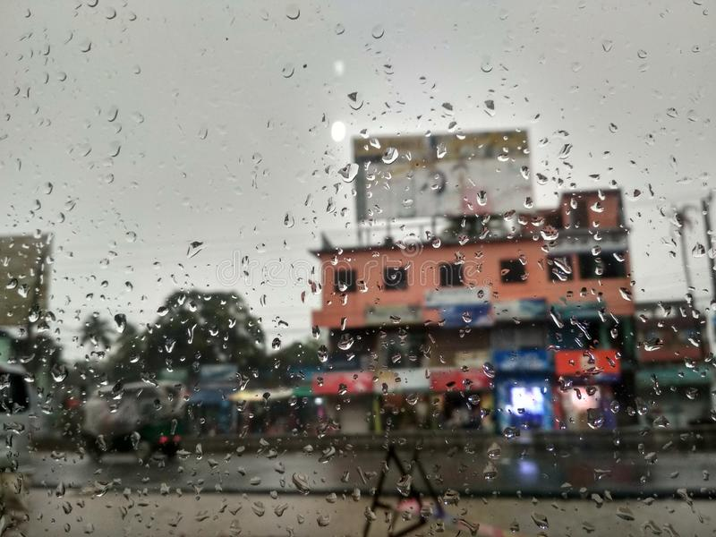Goccia di pioggia in vetro immagine stock libera da diritti
