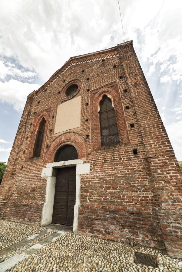 Gocki kościół w Cislago Lombardy, Włochy obrazy stock