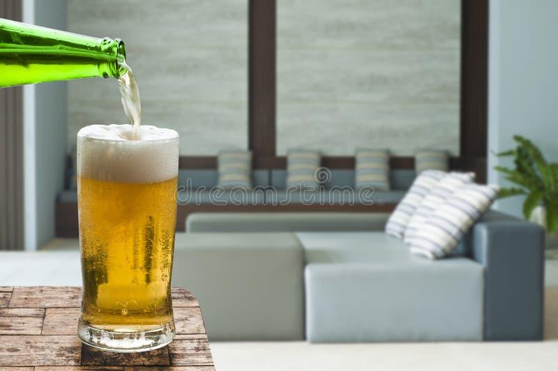Goda della birra in salone fotografia stock libera da diritti