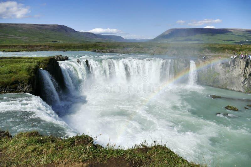 Godafoss瀑布在与彩虹,冰岛的一个光荣 库存图片