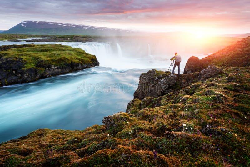 Godafosswaterval op Skjalfandafljot-rivier royalty-vrije stock afbeelding