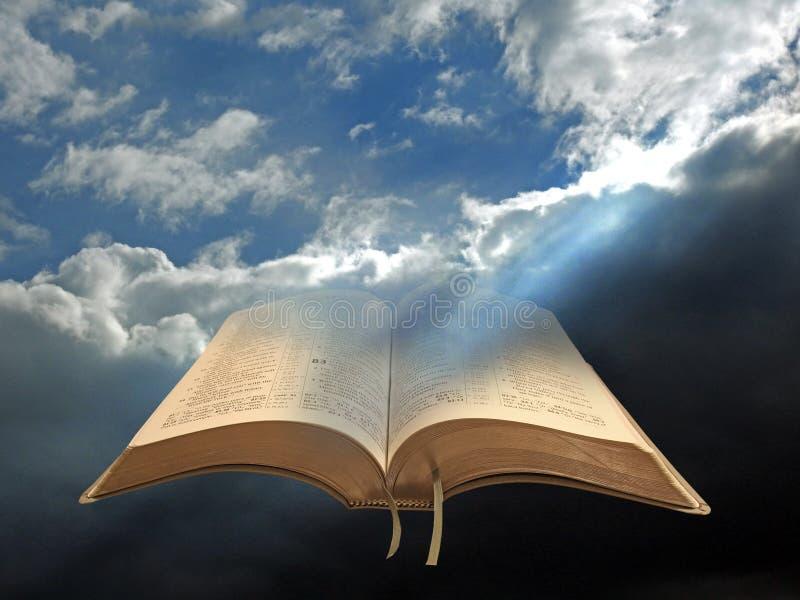 Goddelijk geestelijk licht voor al open mensheidsbijbel royalty-vrije stock afbeelding
