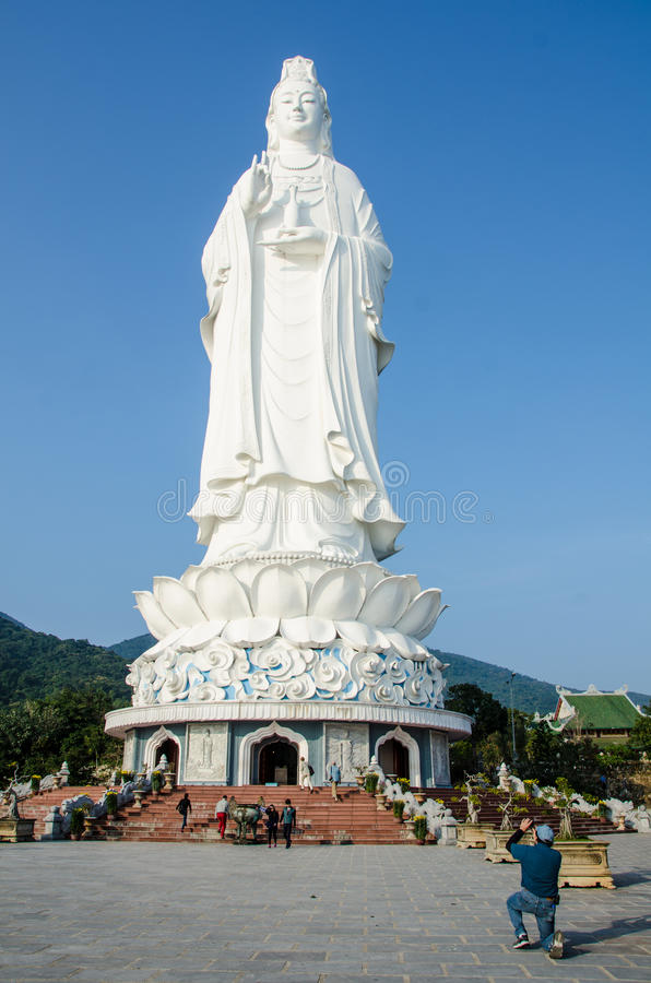 Goddess of Mercy at Linh Ung Pagoda in Da Nang, Vietnam. DANANG, VIETNAM FEBRUARY 10, 2015 Goddess of Mercy at Linh Ung Pagoda in Da Nang, Vietnam. The sacred royalty free stock photos