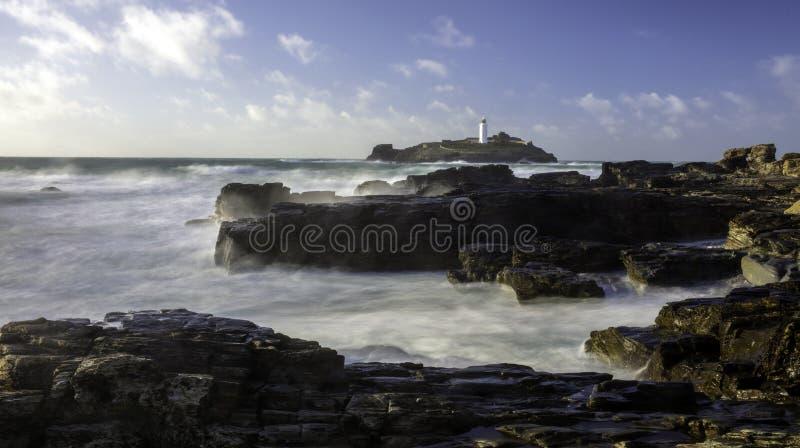 Godrevyvuurtoren op Godrevy-Eiland in St Ives Bay Cornwall U stock foto