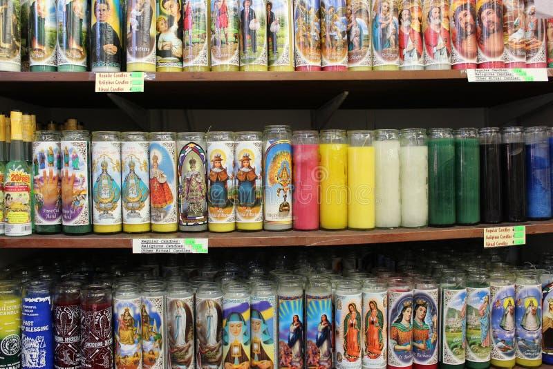 Godsdienstige kaarsen stock afbeeldingen