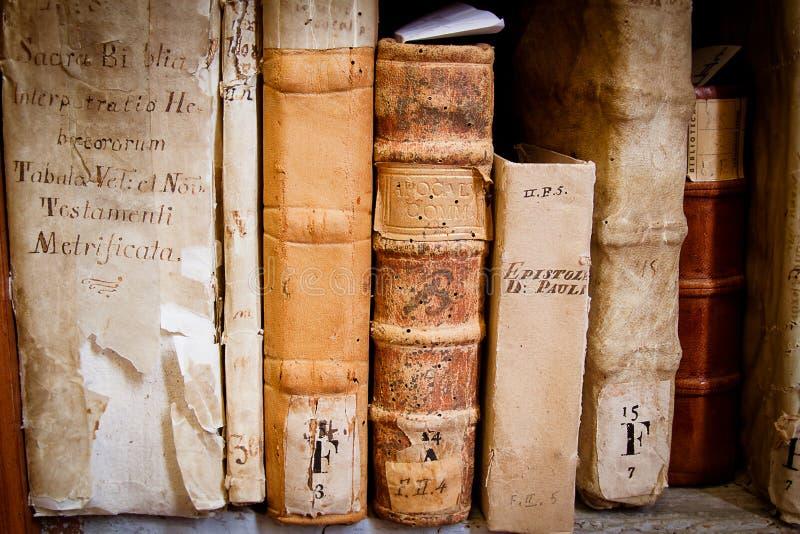 Godsdienstige manuscripten stock foto's