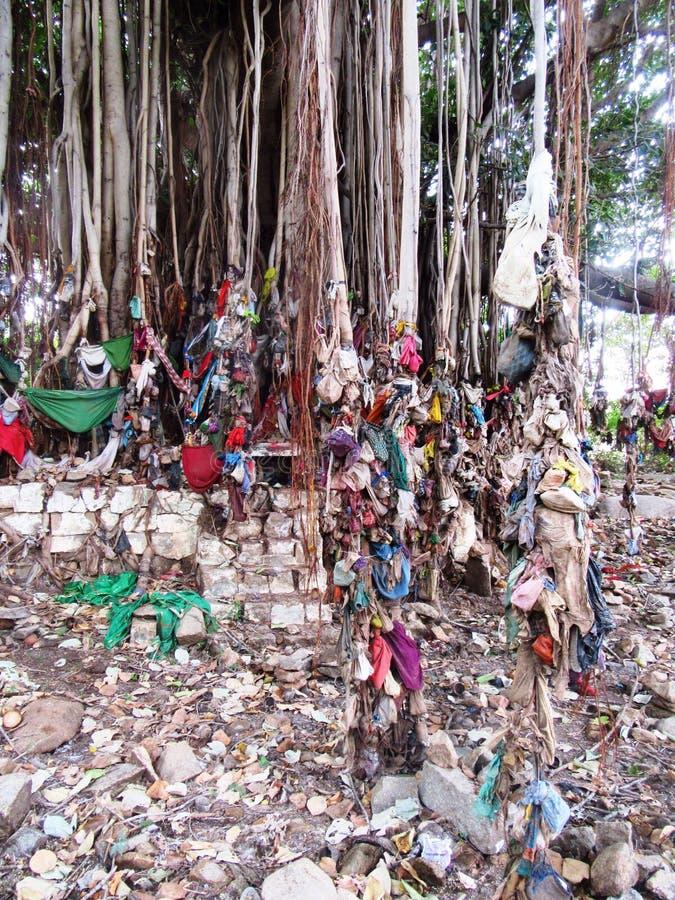 Godsdienstige plaats van verering dichtbij de Erfenisplaats van Hampi/van de Wereld royalty-vrije stock afbeeldingen