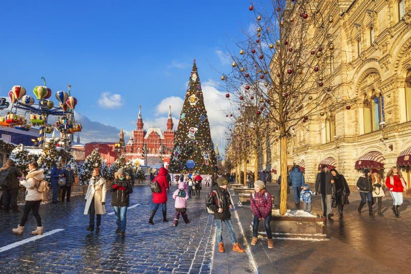 Gody na placu czerwonym podczas nowego roku i bożych narodzeń wakacji w Moskwa, obraz stock
