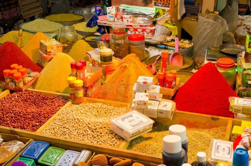 Goederen op de markt in Taroudant, Marokko stock foto's