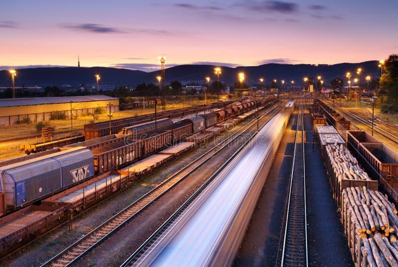 Goederentreinen en Spoorwegen royalty-vrije stock foto's