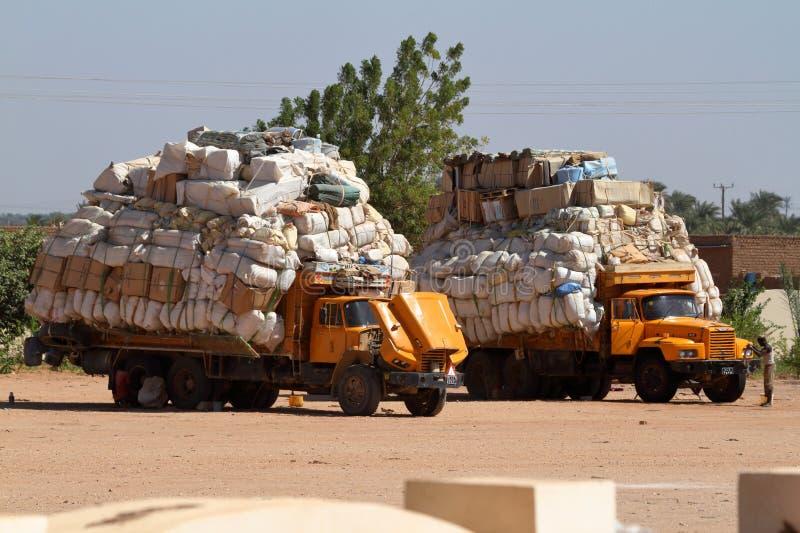 Goederenvervoer in de Soedan in Afrika stock afbeeldingen
