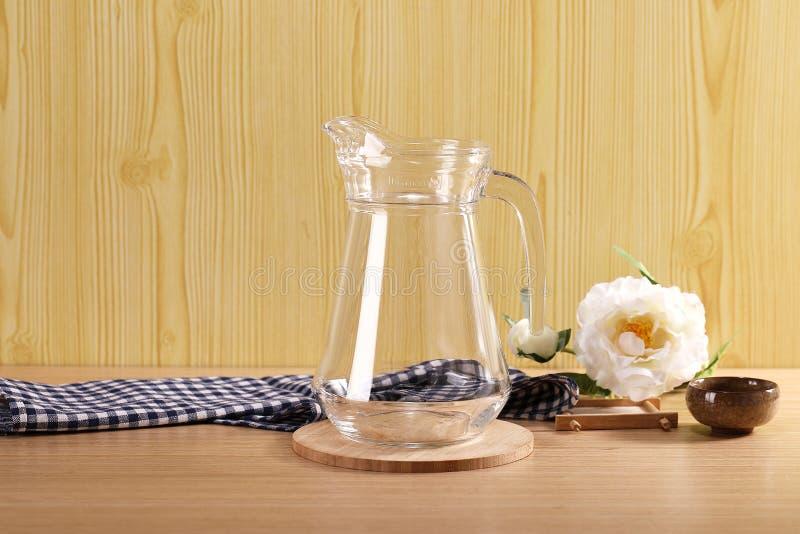 Goedkope glaskruiken wholesale_www garboglass Com stock afbeelding