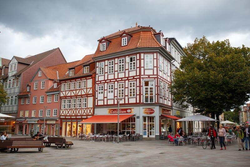 Goettingen Tyskland - September 14, 2015 mitt av Goettingen den gamla staden Huvudsaklig marknadsfyrkant royaltyfria bilder