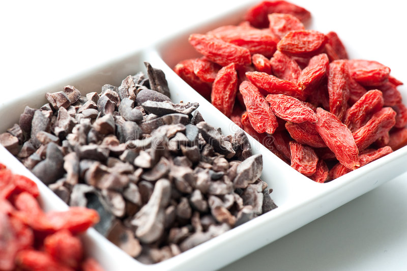 Goji et cacao photo stock