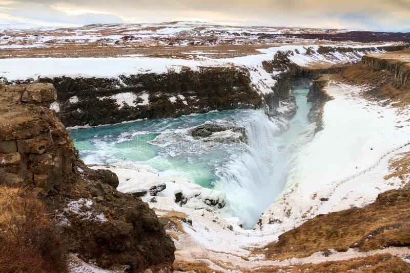 Download Gola di Gullfoss fotografia stock. Immagine di ghiaccio - 56887116