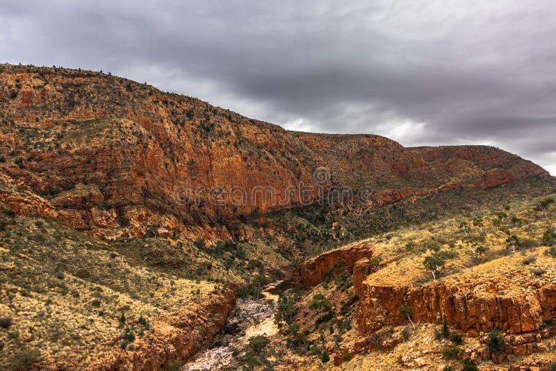 Gola di Ormiston, parco nazionale ad ovest della gamma di MacDonnell, Territorio del Nord, Australia fotografia stock