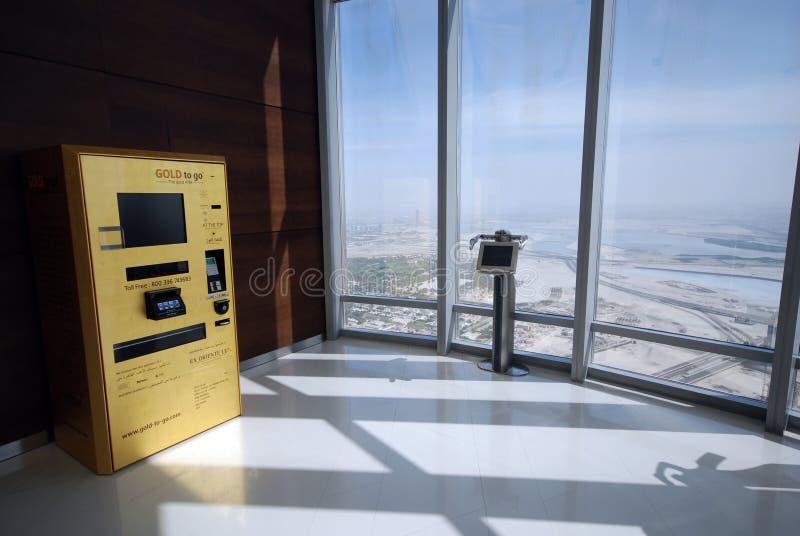 Gold-ATM lizenzfreie stockbilder
